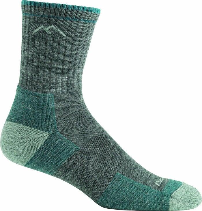 вълнени чорапи за туризъм